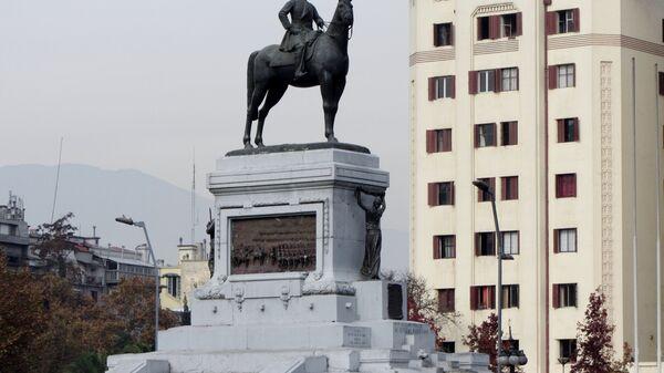 Monumento al general Manuel Baquedano, ubicado en la Plaza Italia en Santiago, Chile - Sputnik Mundo
