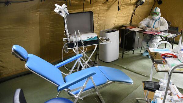 Hospital móvil para enfermos de COVID-19 (imagen referencial) - Sputnik Mundo