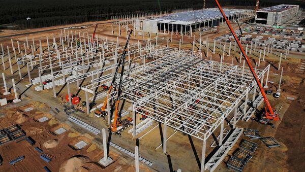 El sitio de construcción de la planta Gigafábrica de Tesla en Gruenheide, Alemania, el 19 de septiembre de 2020 - Sputnik Mundo