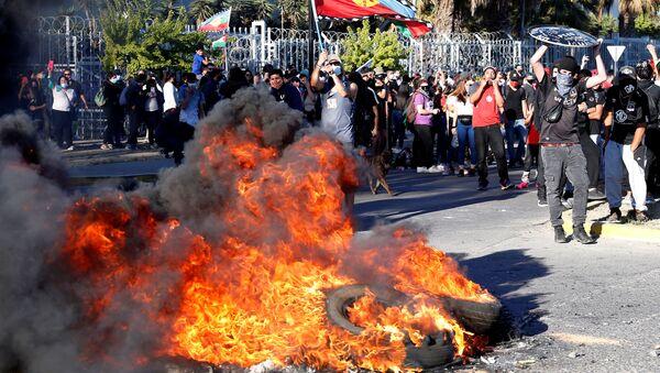 La jornada de manifestaciones en Chile - Sputnik Mundo
