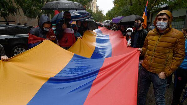 Armenios residenciados en España marchan por la paz en Armenia. Madrid, 20 de octubre de 2020 - Sputnik Mundo