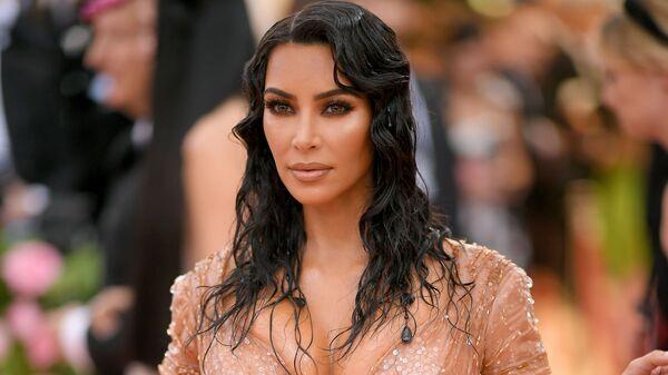 La mujer que convirtió su sexualidad en su profesión: Kim Kardashian cumple 40 años     - Sputnik Mundo