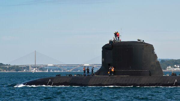 El submarino nuclear francés Suffren - Sputnik Mundo