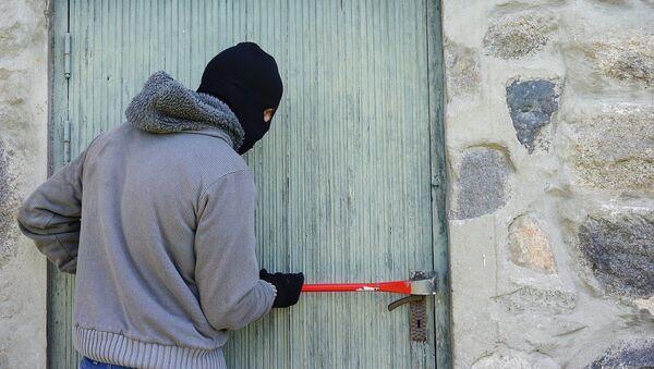 Un ladrón (imagen referencial) - Sputnik Mundo