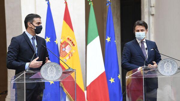 Pedro Sánchez y Giuseppe Conte - Sputnik Mundo