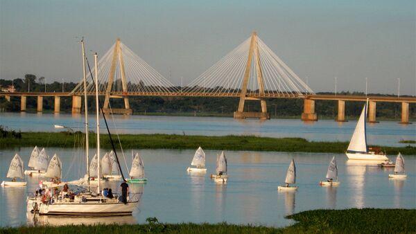 El puente San Roque González de Santa Cruz que une Paraguay con Argentina - Sputnik Mundo