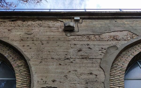 Impactos de bala en el Viaducto de los Quince Ojos en Madrid - Sputnik Mundo