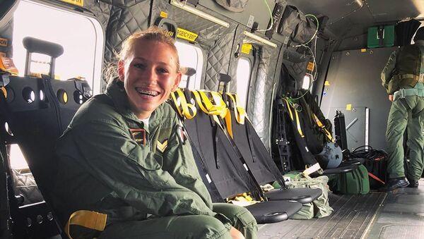 Giulia Schiff, piloto militar - Sputnik Mundo