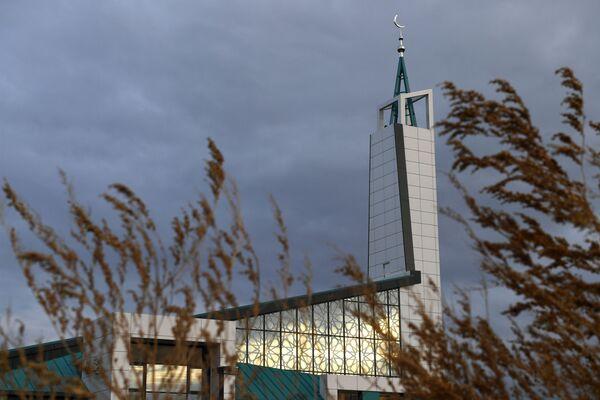 Así es la nueva mezquita rusa 'high-tech'    - Sputnik Mundo
