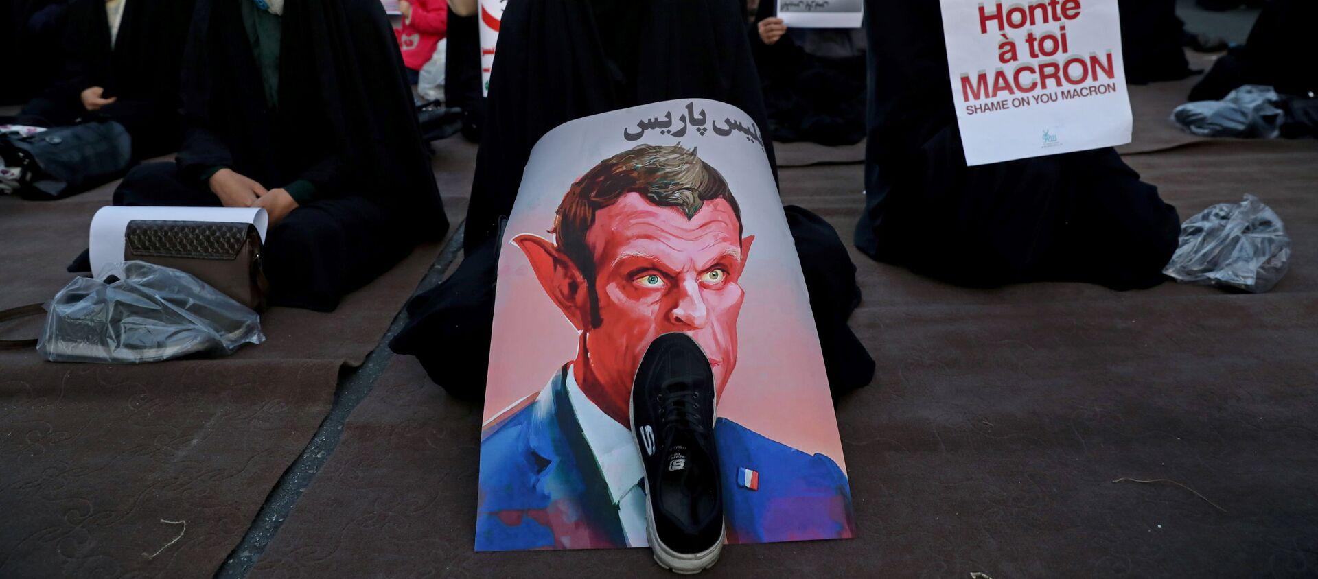 Musulmanos protestan contra el presidente de Francia, Emmanuel Macron - Sputnik Mundo, 1920, 28.10.2020
