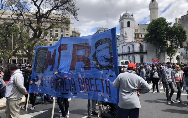 Organizaciones sociales y partidos de izquierda marcharon a la Plaza de Mayo, epicentro Buenos Aires - Sputnik Mundo