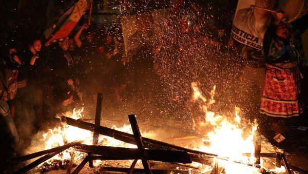 Situación en Santiago tras el referéndum constitucional - Sputnik Mundo