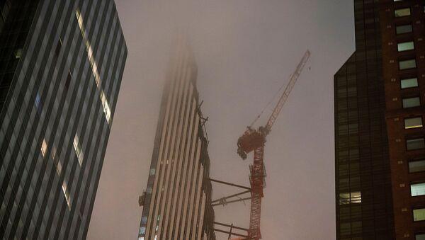 Un edificcio en construcción en EEUU - Sputnik Mundo