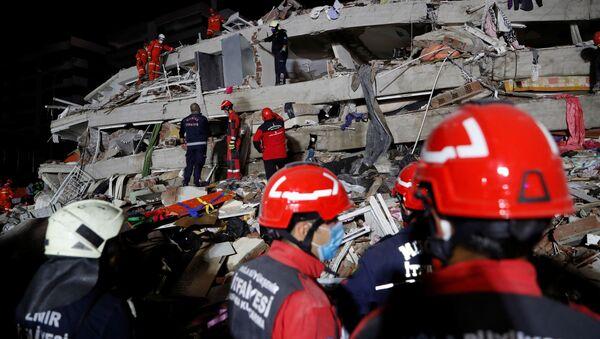 Terremoto en Esmirna, Turquía - Sputnik Mundo