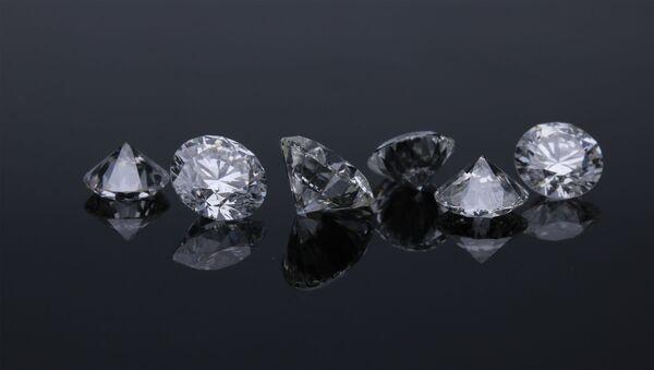 Unos diamantes (archivo) - Sputnik Mundo