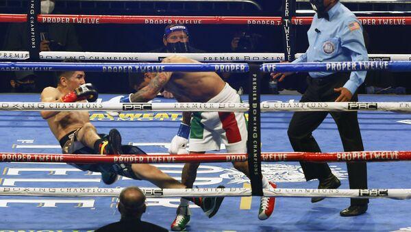 La pelea de boxeo entre Gervonta Davis y Leo Santa Cruz  - Sputnik Mundo