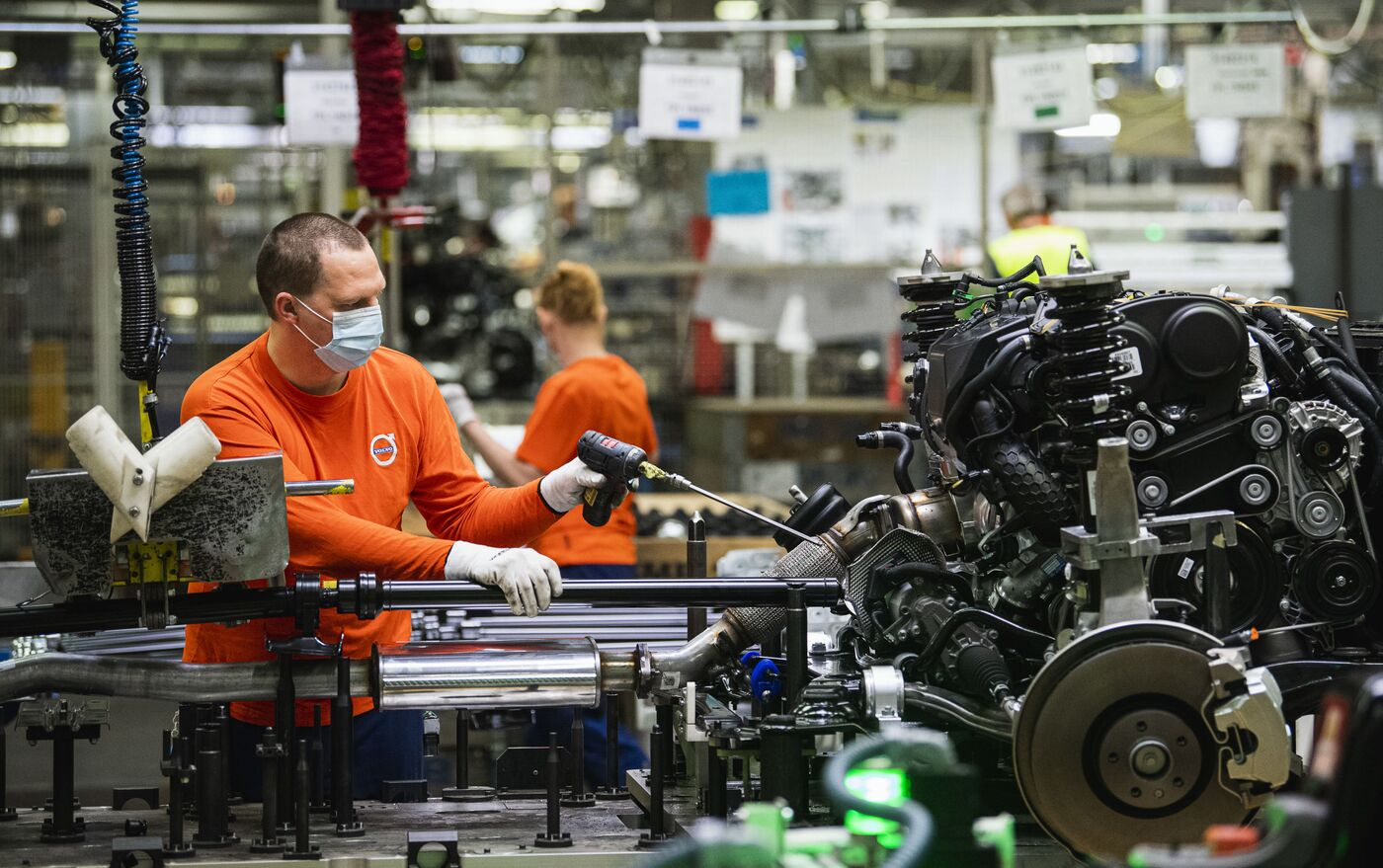 Volvo y Daimler se asocian para la producción de camiones con motores de hidrógeno - 03.11.2020, Sputnik Mundo