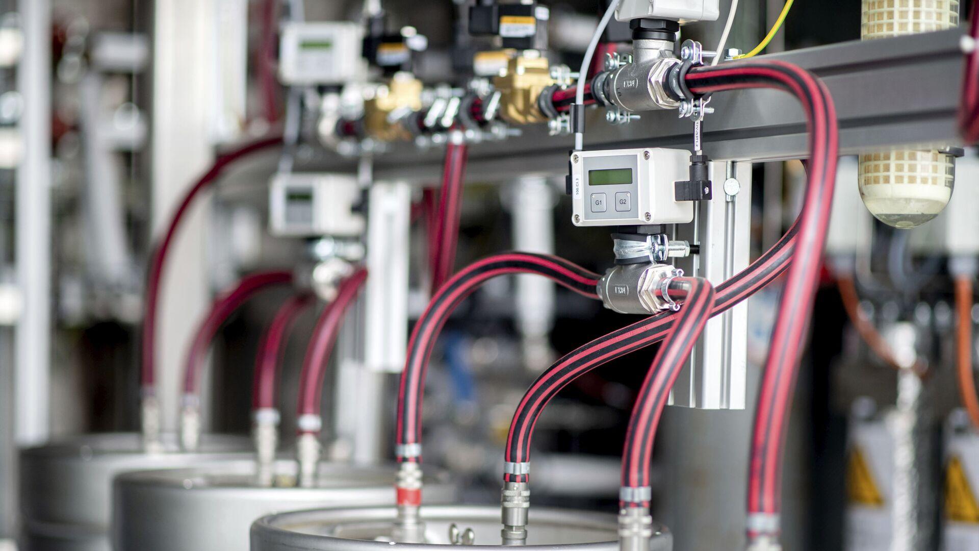 Equipo técnico para el electrolizador de una planta de producción de hidrógeno - Sputnik Mundo, 1920, 24.06.2021
