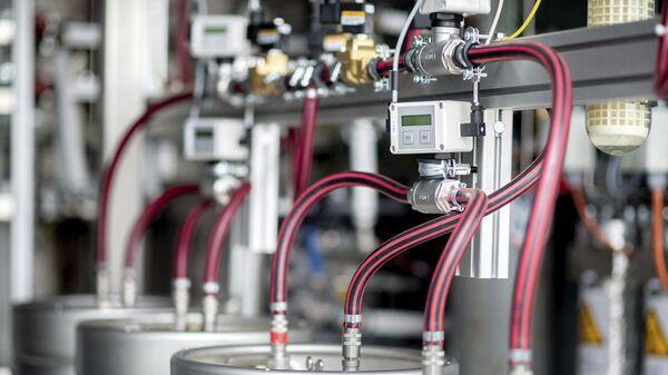 Equipo técnico para el electrolizador de una planta de producción de hidrógeno - Sputnik Mundo