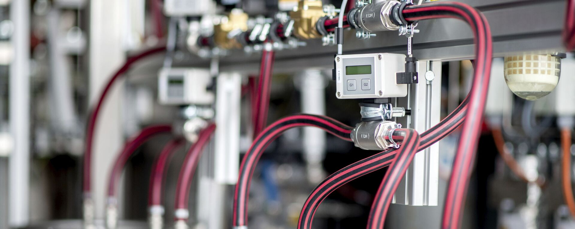 Equipo técnico para el electrolizador de una planta de producción de hidrógeno - Sputnik Mundo, 1920, 26.04.2021
