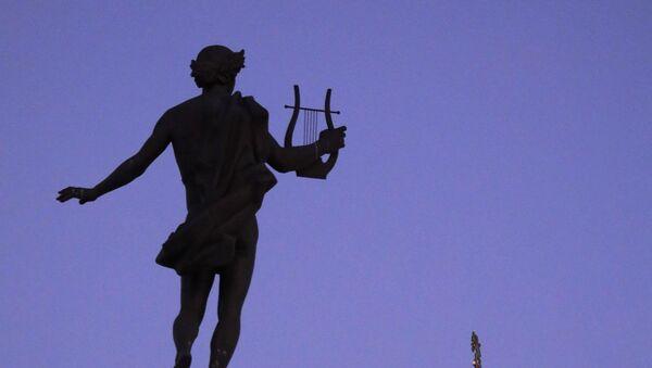 La escultura del dios griego Apolo - Sputnik Mundo
