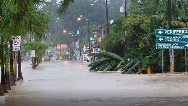 Severas inundaciones y evacuaciones: el paso de la tormenta Eta por Guatemala - Sputnik Mundo