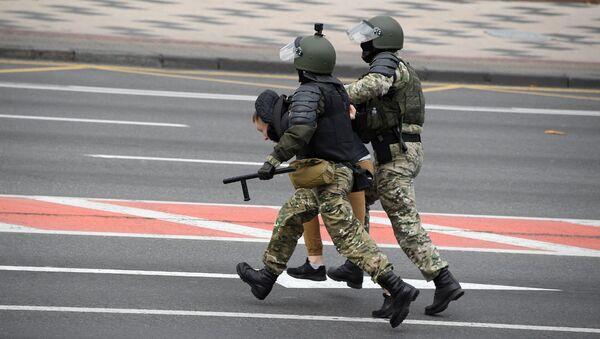 Detenciones de los manifestantes en Minsk (Archivo) - Sputnik Mundo