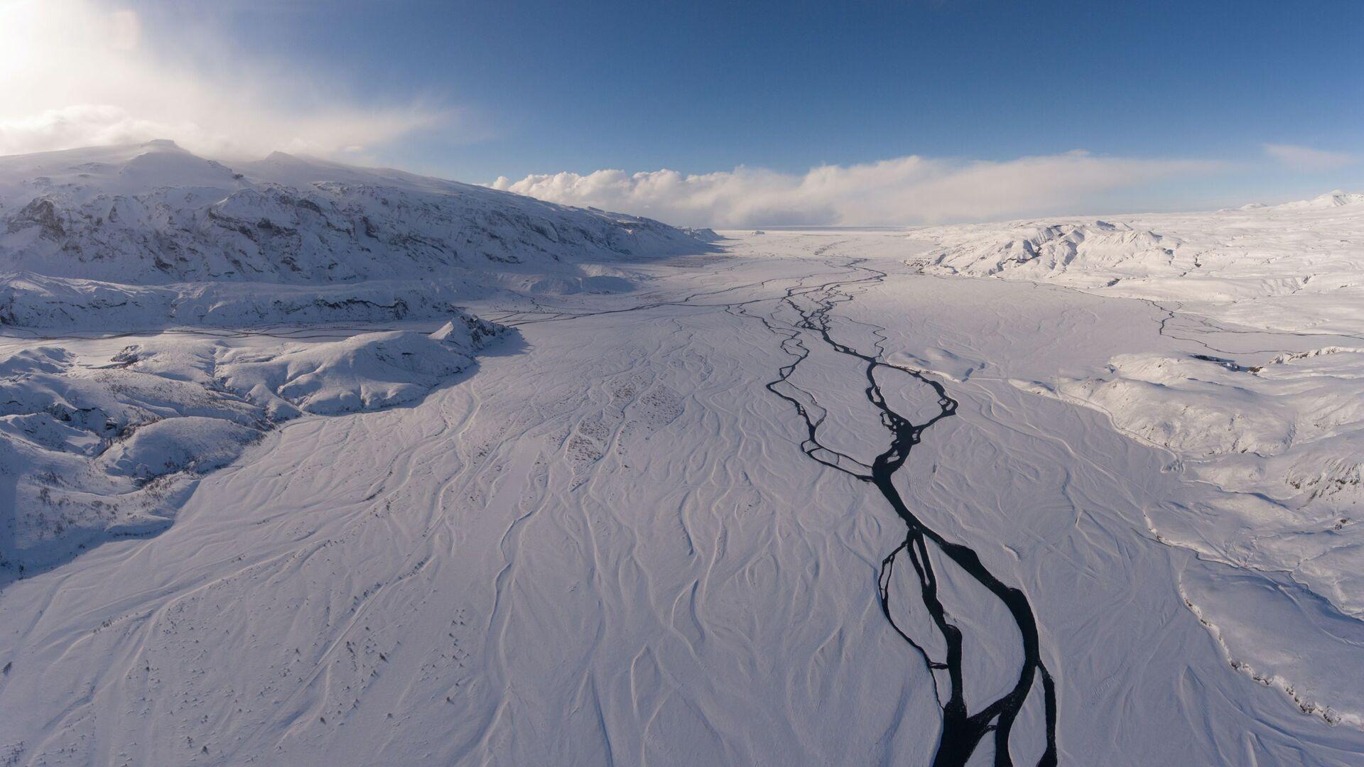 Un glaciar en Islandia - Sputnik Mundo, 1920, 01.06.2021