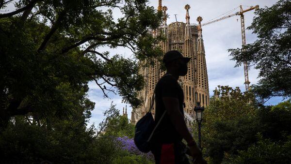 la basílica de la Sagrada Familia en Barcelona, España - Sputnik Mundo