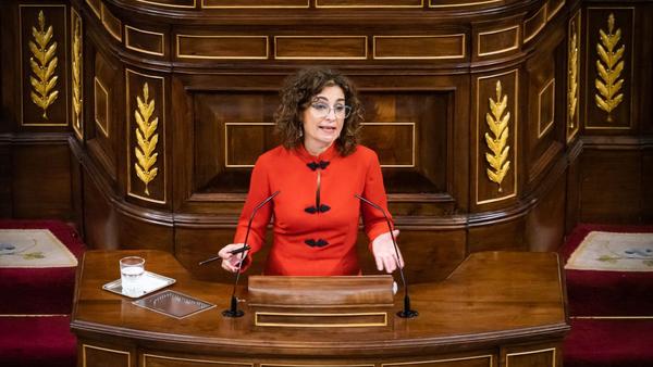 La ministra de Hacienda de España en el debate de la totalidad de los Presupuestos Generales del Estado - Sputnik Mundo