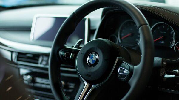 El salón de un coche BMW - Sputnik Mundo