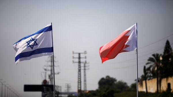 Banderas de Israel y Bahréin - Sputnik Mundo