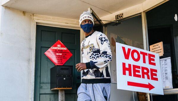 Votación en el estado de Georgia, EEUU - Sputnik Mundo