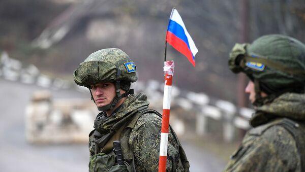 Pacificadores rusos en Nagorno Karabaj - Sputnik Mundo