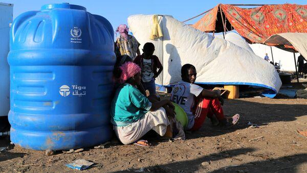 Refugiados etíopes que huyen de Tigray - Sputnik Mundo