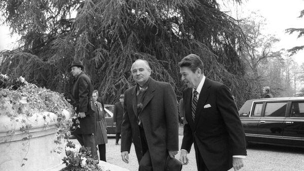 Reunión entre Gorbachov y Reagan en Ginebra (1985) - Sputnik Mundo