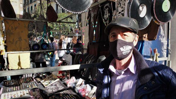 Antonio Calle, tendero del Rastro de Madrid, en su puesto - Sputnik Mundo