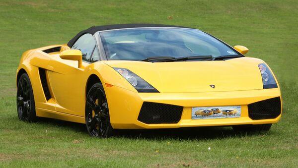 Un auto de Lamborghini - Sputnik Mundo