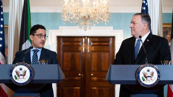 El ministro de Exteriores de Kuwait, Ahmad Nasser Mohammad Sabah, y el secretario de Estado de EEUU, Mike Pompeo - Sputnik Mundo