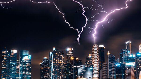 Unos rayos en Singapur - Sputnik Mundo