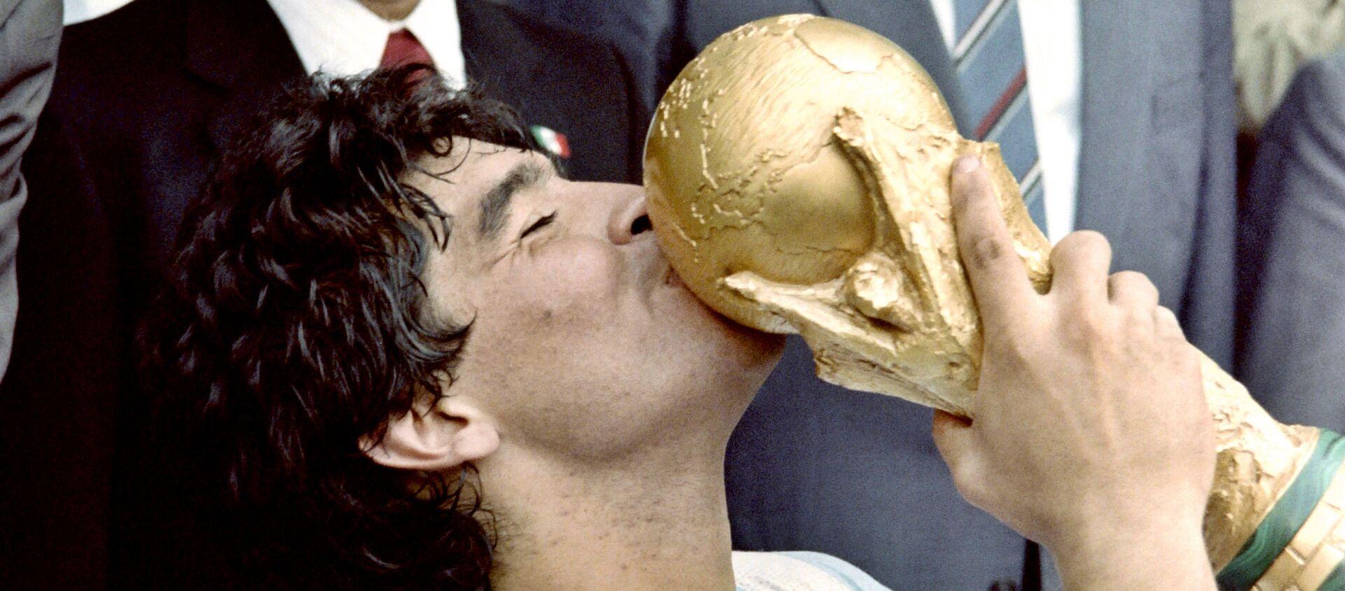 Diego Maradona durante la Copa Mundial en México, 1986 - Sputnik Mundo, 1920, 25.11.2020
