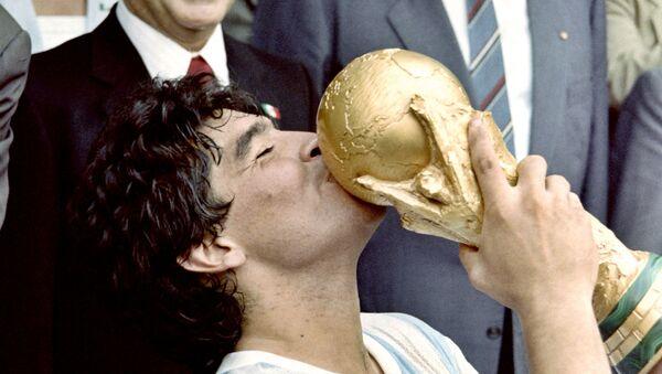 Diego Maradona durante la Copa Mundial en México, 1986 - Sputnik Mundo