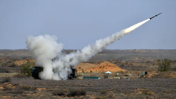 El sistema de misiles antiaéreos ruso (referencial) - Sputnik Mundo