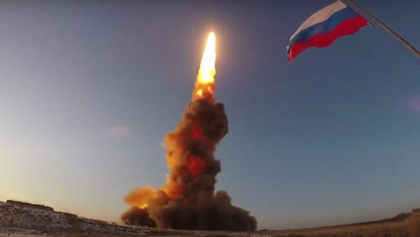Rusia pone a prueba su nuevo proyectil antimisiles - Sputnik Mundo