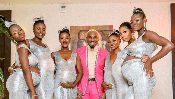 Pretty Mike asiste a una boda con seis mujeres embarazadas - Sputnik Mundo