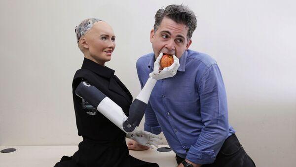 Desde hace 100 años los robots están entre nosotros   - Sputnik Mundo