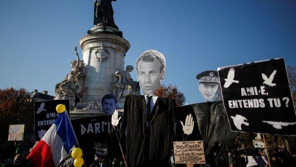 Manifestación de protesta en París - Sputnik Mundo
