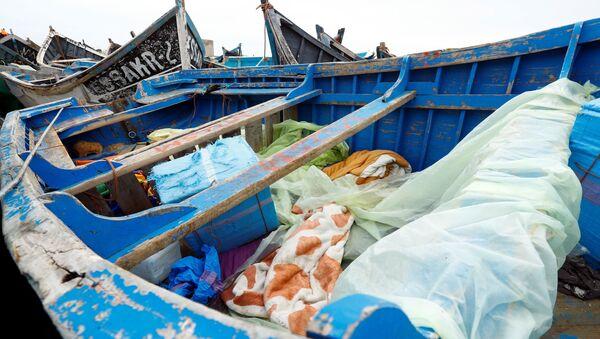 Barcas usadas por migrantes para ir a las Islas Canarias - Sputnik Mundo