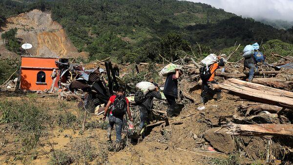 Consecuencias de la tormenta Eta en Queja, Guatemala - Sputnik Mundo