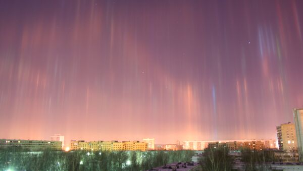Pilares de luz (archivo) - Sputnik Mundo